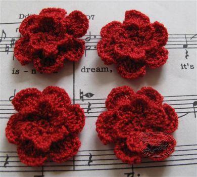 Crochet flower 3cm - Red