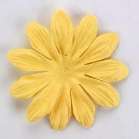 Green Tara - 6cm Petals - Soft Yellow
