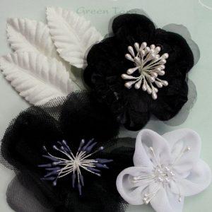 Green Tara Flower Pack - Black